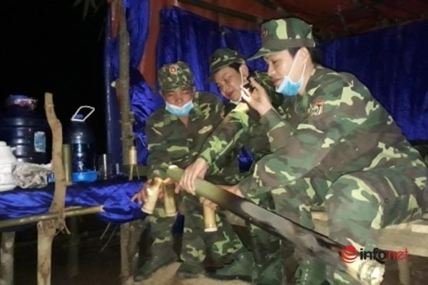 Trắng đêm chốt chặn đường rừng, phòng chống dịch ở biên giới