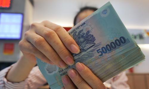 Kinh doanh khả quan, thu nhập của nhân viên ngân hàng có hậu hĩnh?