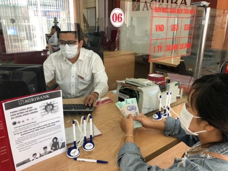 Agribank cơ cấu lại nợ cho 15.000 khách hàng bị ảnh hưởng dịch bệnh