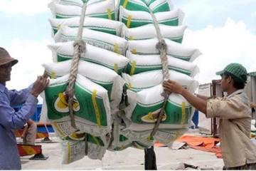 Từ 0h ngày 25/4, Hải quan mở hệ thống đăng ký tờ khai xuất khẩu lượng gạo tồn tại cảng