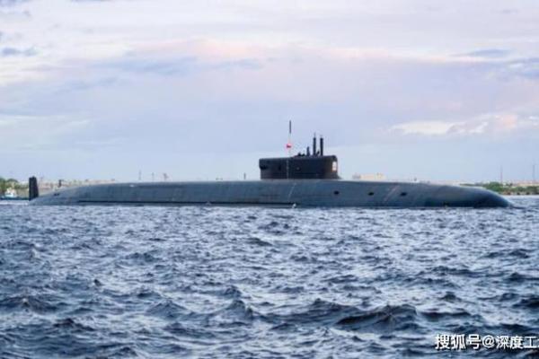 """Hé lộ nguyên nhân Mỹ không dám """"manh động"""" trong vùng biển của Nga"""