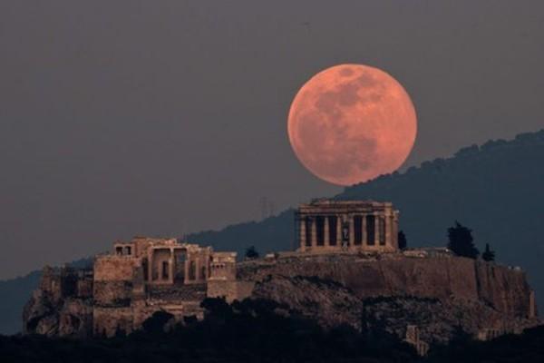 Đón siêu trăng cuối cùng của năm 2020 vào tuần tới