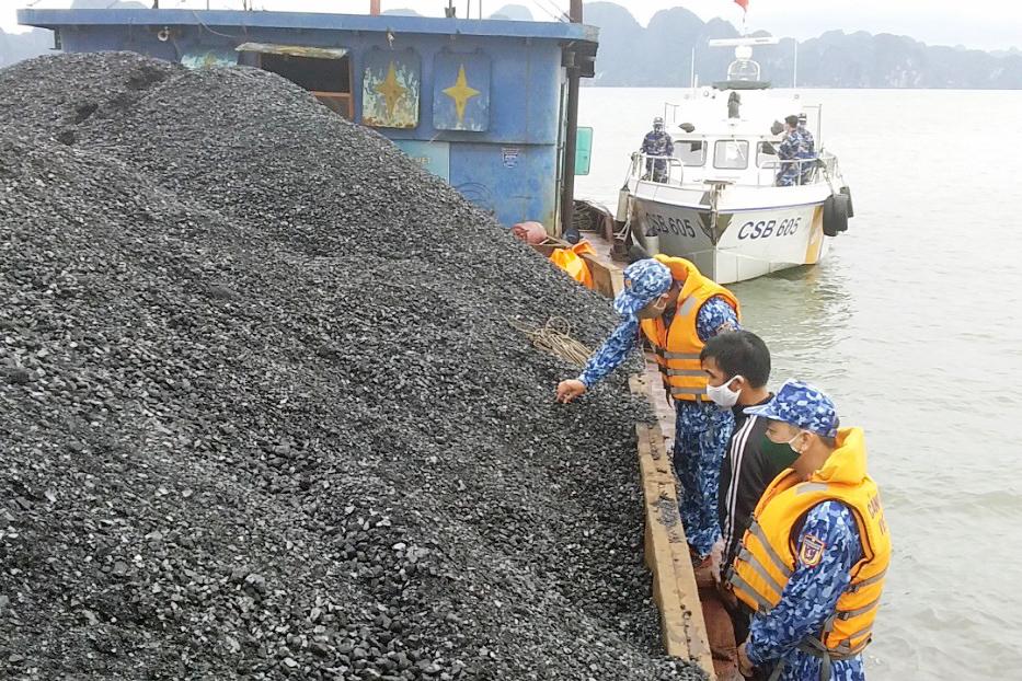 Luật cảnh sát biển quy định các hành vi nào bị nghiêm cấm?