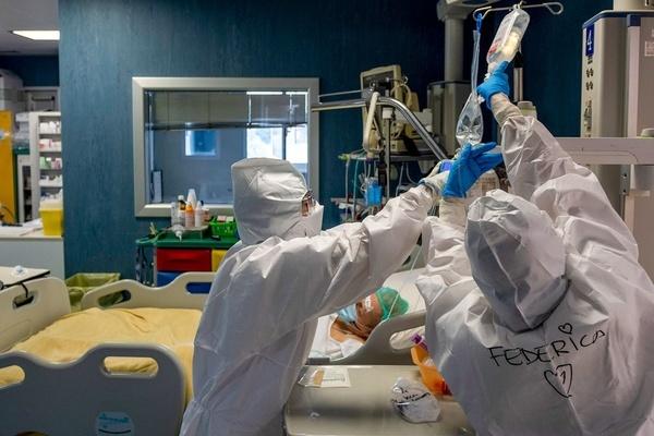 Bệnh nhân mắc Covid-19 bị ngừng tim, virus tấn công như thế nào?