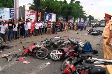 Hai ngày nghỉ lễ: 33 vụ tai nạn giao thông, 33 người tử vong