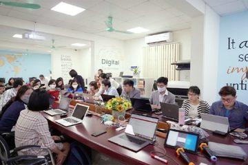 Chia sẻ từ trường ĐH gấp rút dạy trực tuyến cho hơn 1.000 lớp học