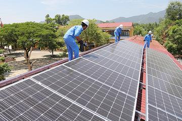 Vì sao đầu tư điện mặt trời mái nhà ở miền Trung – Tây Nguyên chững lại?
