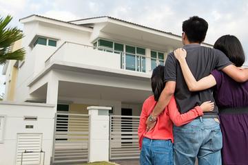Có 2 tỷ đồng, vợ chồng tôi nên mua nhà xây sẵn hay mua đất?