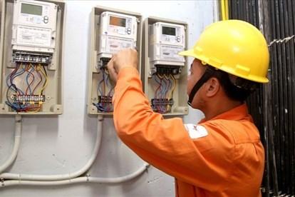 Nắng nóng diện rộng trên khắp cả nước, EVN khuyến cáo lưu ý về sử dụng điện tiết kiệm