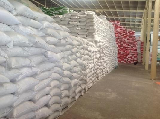 Loạt lãnh đạo Cục Dự trữ Nhà nước bị đình chỉ vì 'cho gửi' gạo bên ngoài vào