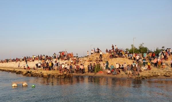 Quảng Nam: Lật ghe trên sông Thu Bồn, giăng lưới tìm kiếm 5 người mất tích