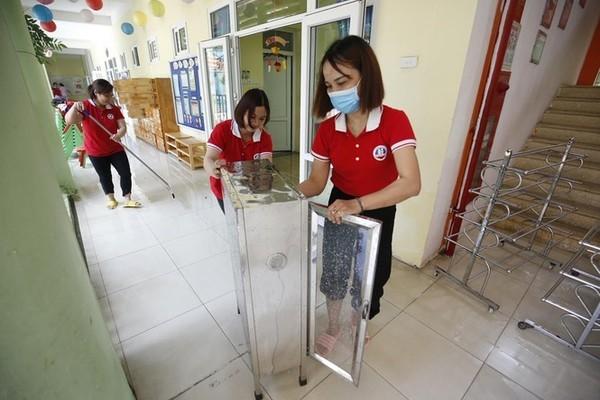Hà Nội: Gần 1.900 trường tiểu học, mầm non đón học sinh trở lại