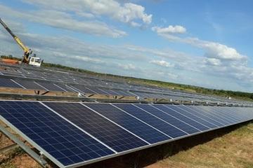 Xây dựng hai nhà máy điện mặt trời tại Quảng Trị