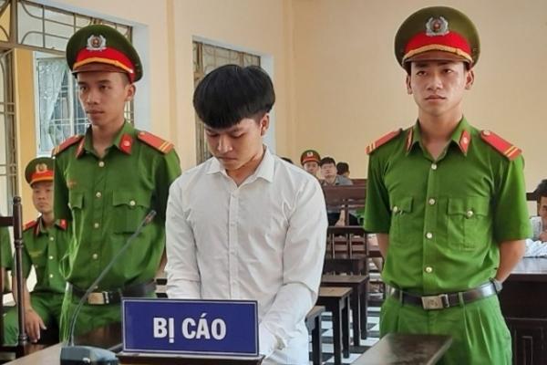 Quảng Nam: Níu kéo hôn nhân, chồng cắt cổ vợ rồi tự sát