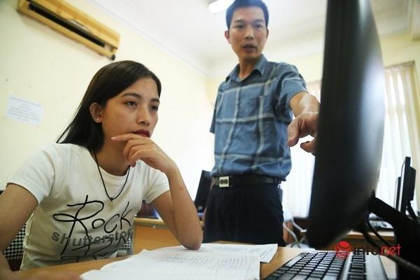 Dạy nghề cho người thất nghiệp: 'Tôi đăng ký lớp tin học để làm văn phòng, bán hàng thuận lợi hơn'