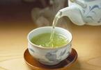 Câu chuyện Thiền sư và tách trà nóng hàm ẩn bài học về sự buông bỏ