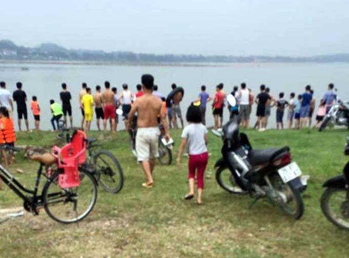 Hà Nội: Hai nữ sinh lớp 10tắm sông Đà bị đuối nước thương tâm