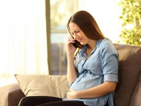 Stress vì kiêng đủ thứ: Mẹ bầu hạn chế thực phẩm gì?