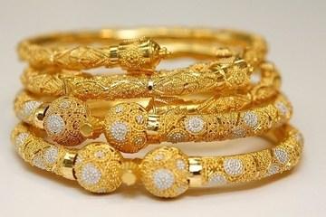 Giá vàng hôm nay 21/5: Vàng trong nước đi ngang, giá thấp hơn thế giới