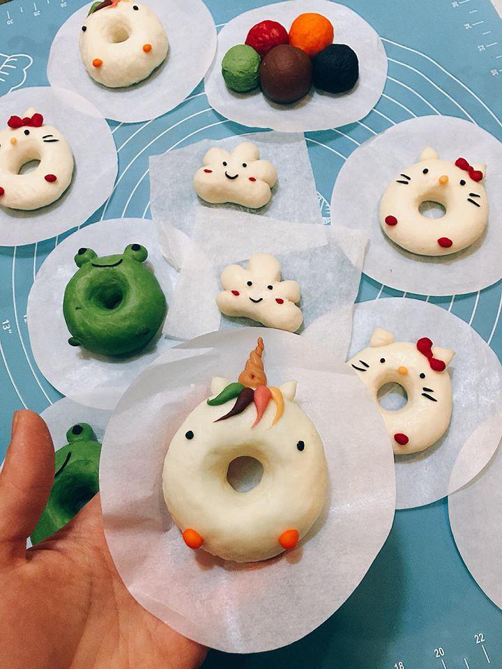 dạy con cách làm bánh gắn kết gia đình
