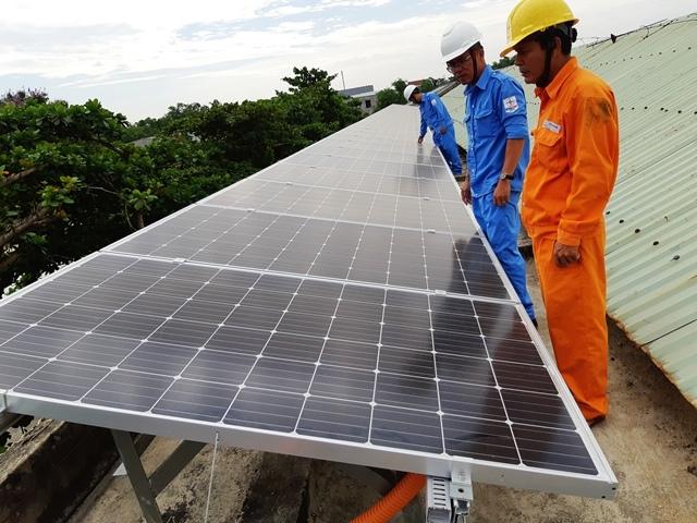 điện mặt trời mái nhà,EVN