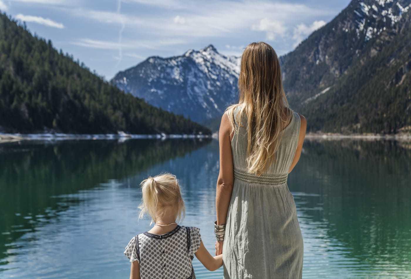 7 sai lầm lớn nhất của cha mẹ phá hủy sự tự tin của trẻ