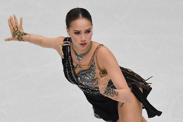 Vẻ đẹp và tài năng của 'cô gái vàng' được TT Putin chúc mừng sinh nhật