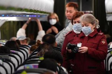 Số ca tử vong vì Covid-19 ở Mỹ vượt 100.000, Trung Quốc thêm ca nhập khẩu