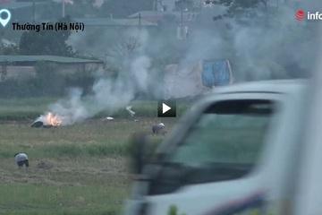 """Khói đốt rơm """"hun"""" cao tốc Hà Nội - Ninh Bình, ẩn họa mùa nắng nóng"""