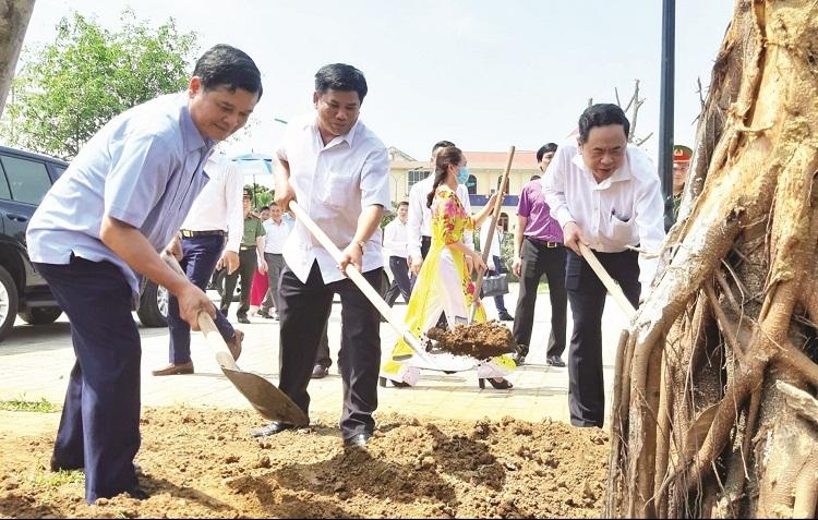 55 tỉ đồng xây dựng nhà ở cho hộ nghèo huyện Mường Nhé, Điện Biên