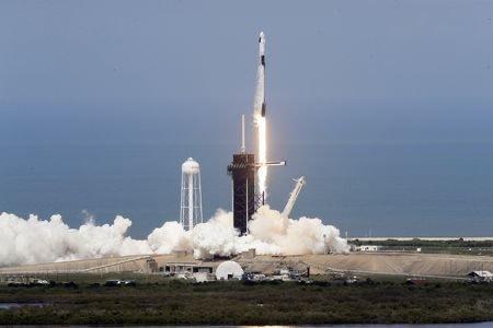 Hành khách thứ ba đầy bất ngờ trên tàu vũ trụ SpaceX lên ISS