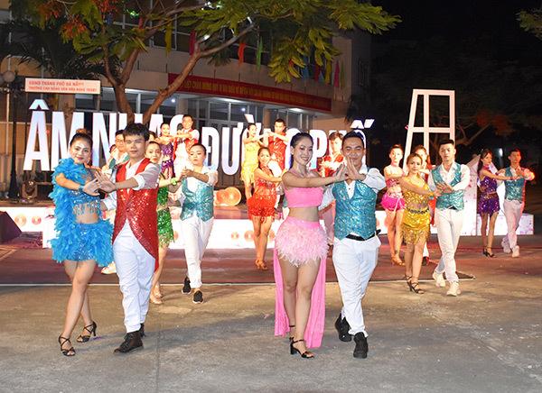 Đà Nẵng: Khách Tây ở Khu phố du lịch An Thượng tăng trở lại, vì sao?