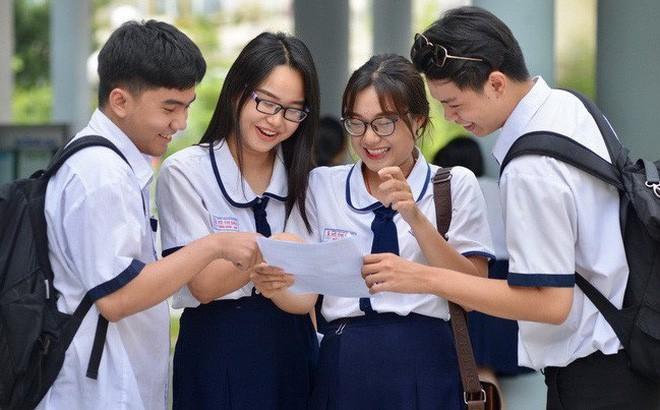 hoc sinh vào Đại học Sư phạm Hà Nội