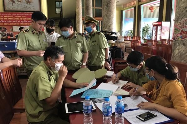 Lạng Sơn: Phát hiện 3 điểm kinh doanh có vi phạm về hàng hóa quá hạn sử dụng