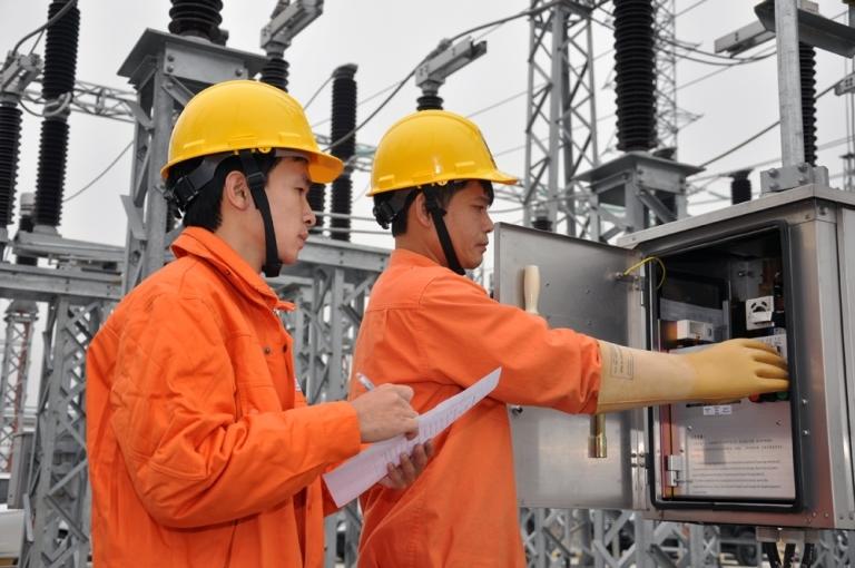 Giảm giá điện cho 2,3 triệu khách hàng Hà Nội bị ảnh hưởng dịch Covid-19