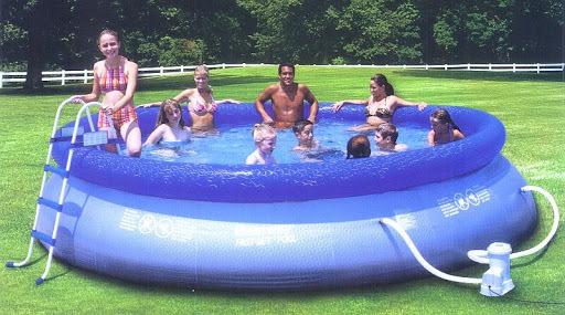 bể bơi bơm hơi tiện dụng