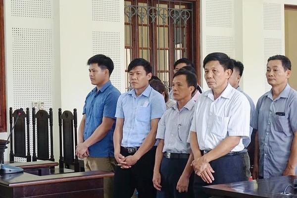 Nghệ An: Nhóm cán bộ 'nuốt không trôi' số tiền bất minh phải 'ăn cơm tù'