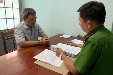 """Đắk Lắk: Lừa 200 triệu đồng """"chạy việc"""", một giáo viên bị bắt"""