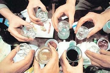 4 người Lào Cai bị ngộ độc rượu, Bộ Y tế đưa ra cảnh báo