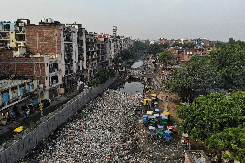 Những bức ảnh kinh hoàng về rác thải phủ kín nhiều nơi trên thế giới