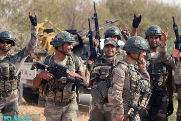 Tình hình Syria: Phái đoàn quân sự Nga lao vun vút, suýt đâm xe bọc thép Mỹ