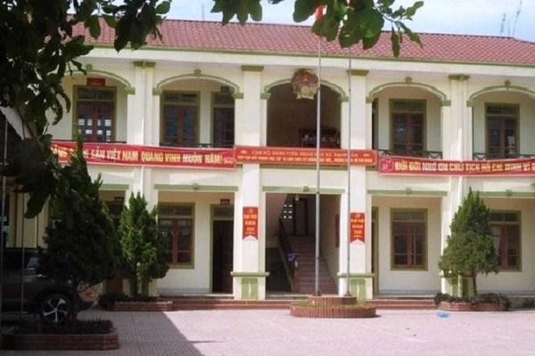 Nghệ An: 20 cán bộ xã tự ý đi miền Nam 'học hỏi kinh nghiệm' trong ngày làm việc