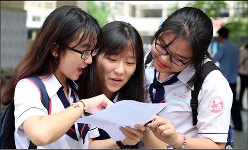 Bộ GD&ĐT lên tiếng vụ thí sinh chưa thi tốt nghiệp đã có giấy báo trúng tuyển ĐH