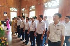 Ban Tổ chức Tỉnh ủy Nghệ An dâng hương kỷ niệm 130 năm ngày sinh Chủ tịch Hồ Chí Minh