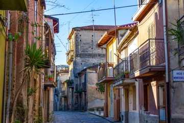 Thị trấn 'miễn nhiễm' Covid-19 ở Italy, rao bán nhà giá 1 USD