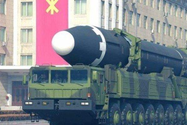 Triều Tiên di chuyển tên lửa sau khi cắt đứt mọi liên lạc với Hàn Quốc?