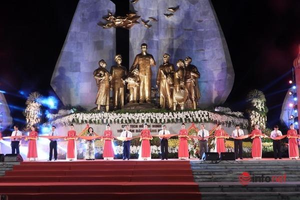 Quảng Bình: Kỷ niệm 63 năm ngày Bác Hồ về thăm và khánh thành tượng đài Chủ tịch Hồ Chí Minh