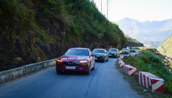 VinFast Lux A2.0 - xe sang bán chạy nhất tháng 5