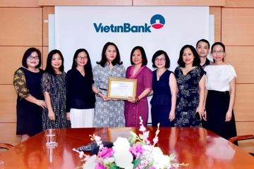 """VietinBank nhận giải """"Ngân hàng phát hành tốt nhất khu vực Đông Á và Thái Bình Dương"""""""