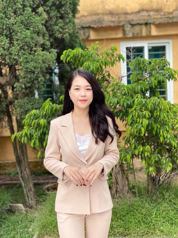 Nữ sinh trường Báo chí xinh đẹp, sở hữu loạt thành tích 'khủng'